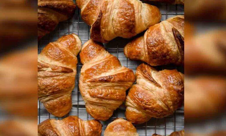 Croissants de mantequilla caseros